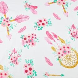 Bawełna łapacz snów ze strzałkami różowo miętowy na białym tle