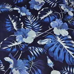 liście z kwiatem hibiskusa niebieskie na granatowym tle