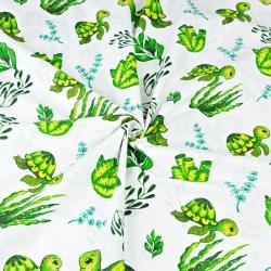 żółwie morskie zielone na białym tle