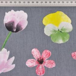 kwiaty wiosenne na szarym tle