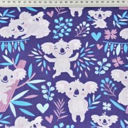 misie koala w drzewkach na fioletowo - granatowym tle