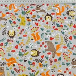 łosie beżowo pomarańczowe z zwierzętami na łące na szarym tle