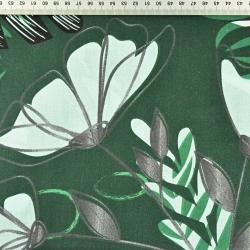 Liście paproci z kwiatami na ciemno zielonym tle