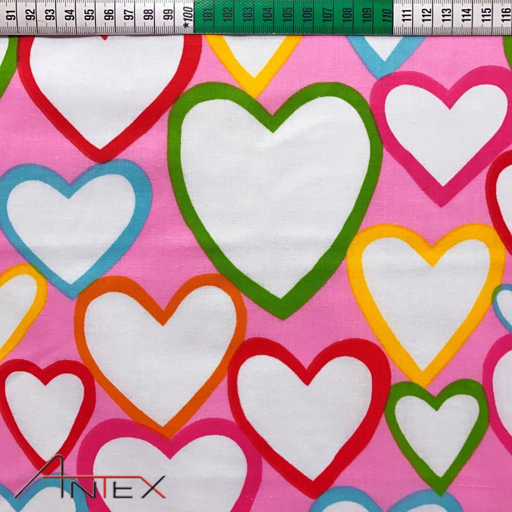 Tkanina w serca kontury kolorowe na różowym tle