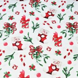 wzór świąteczny skarpety z prezentami na białym tle