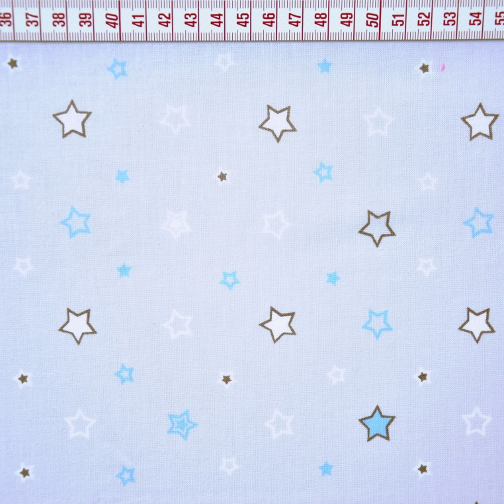 Tkanina w gwiazdki biało niebieskie na szarym tle