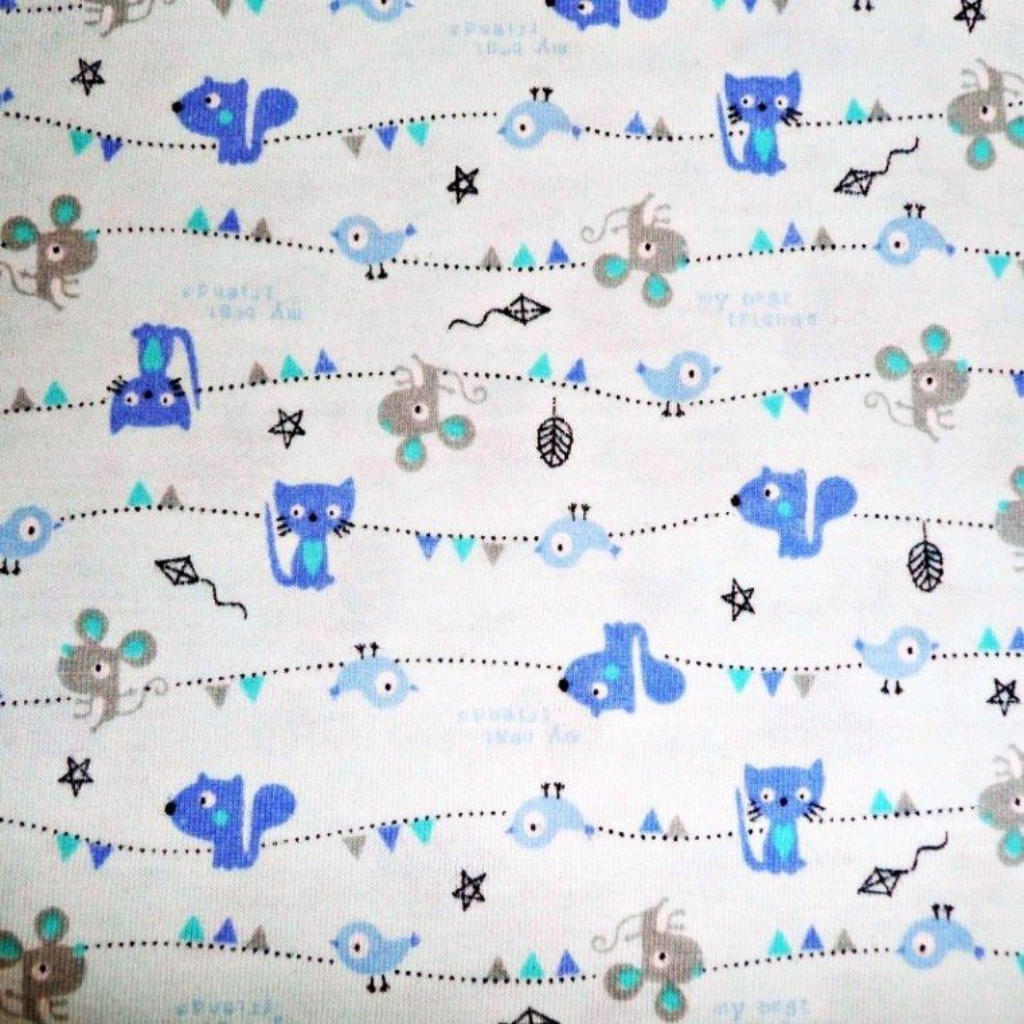 Dzianina kotki myszki i ptaszki na błękitnym tle
