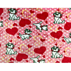 Tkanina Polar plus kotki z serduszkami na różowym tle