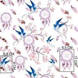 Tkanina w łapacz snów z jaskółką niebieską na białym tle