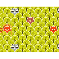 Tkanina w szopy i liski w drzewkach zielonych