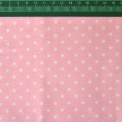 Tkanina w Kropki białe na różowym tle