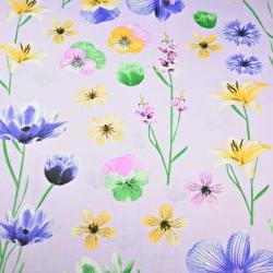 Tkanina kwiaty wiosenne na wrzosowym tle