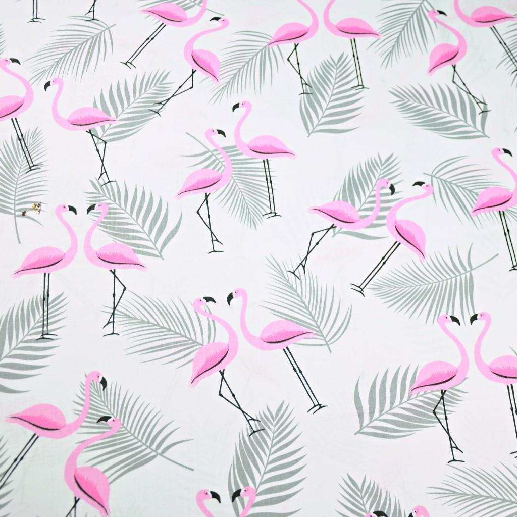 Tkanina w flamingi z listkami różowo szare na białym tle