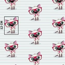 Tkanina w koty w czerwonych okularach na pasiastym tle