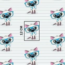 Tkanina w koty w niebieskich okularach na pasiastym tle