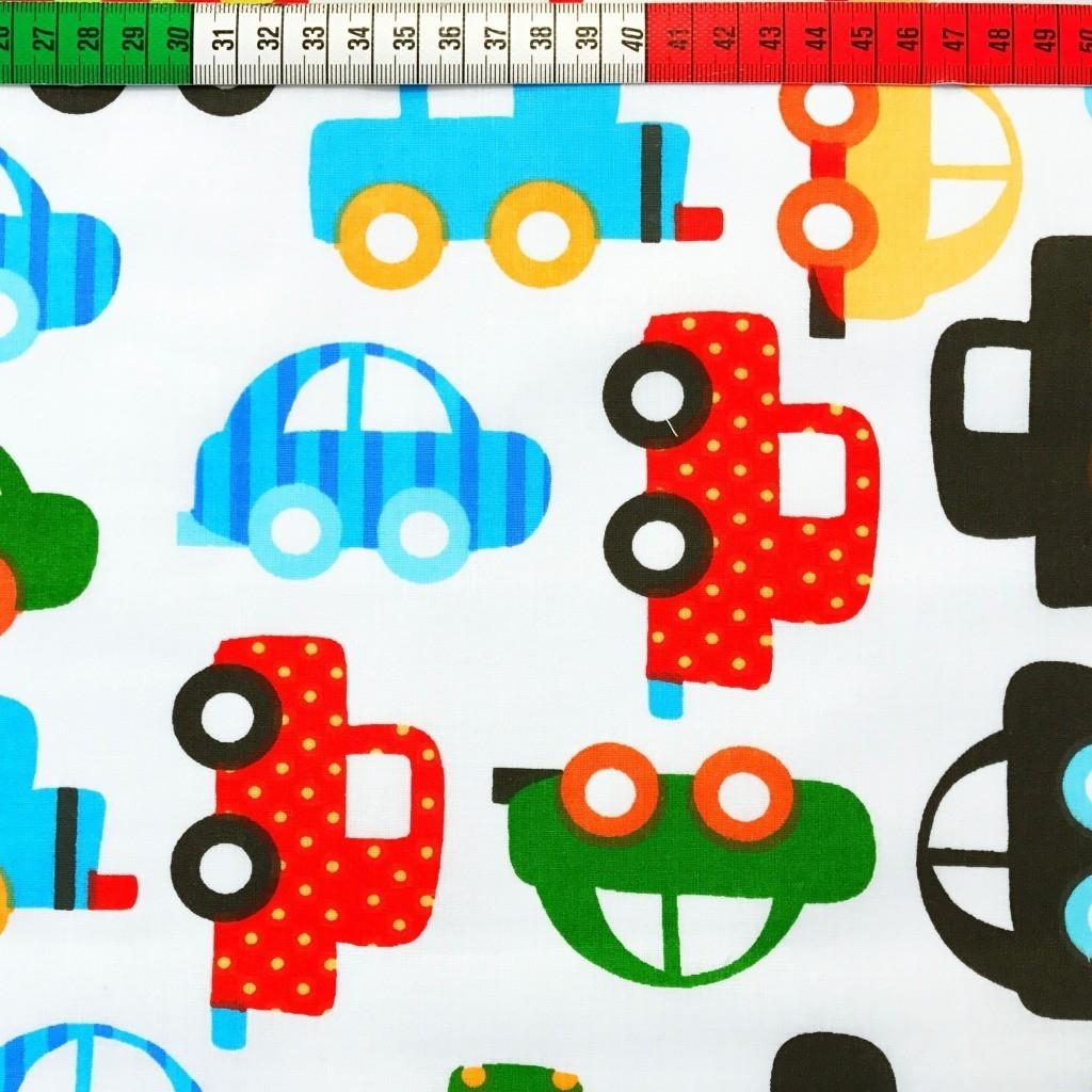 Tkanina w samochody czerwono niebiesko zielone na białym tle