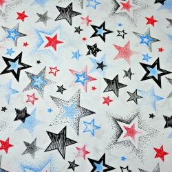 Tkanina w Gwiazdki wzorzyste czarno czerwono niebieskie na białym tle
