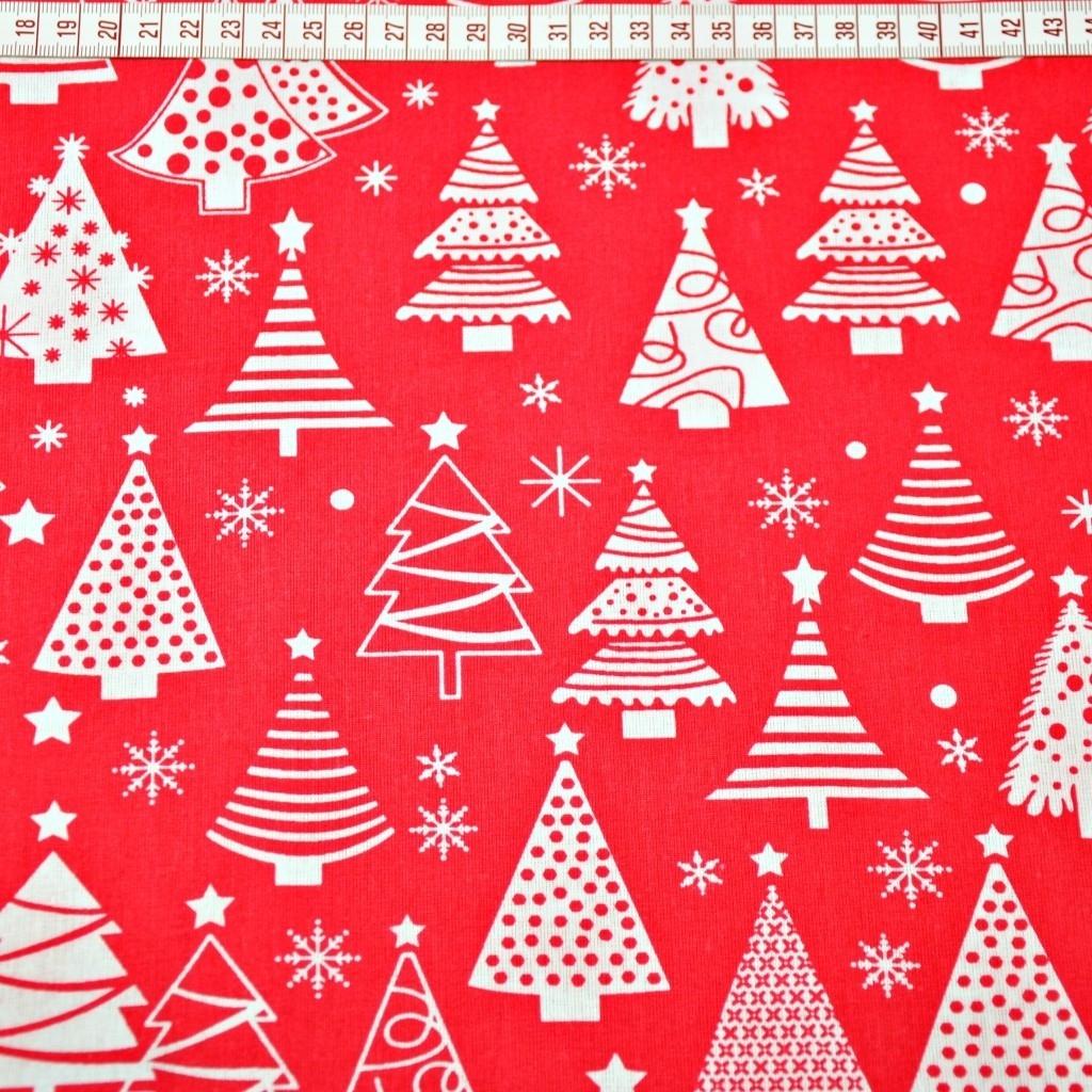 Tkanina Wzór świąteczny choinki z bombkami na czerwonym tle