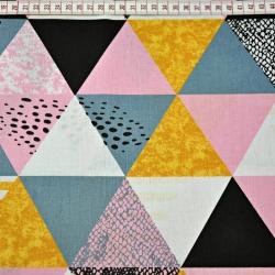 Tkanina w trójkąty wzorzyste różowo pomarańczowo czarne