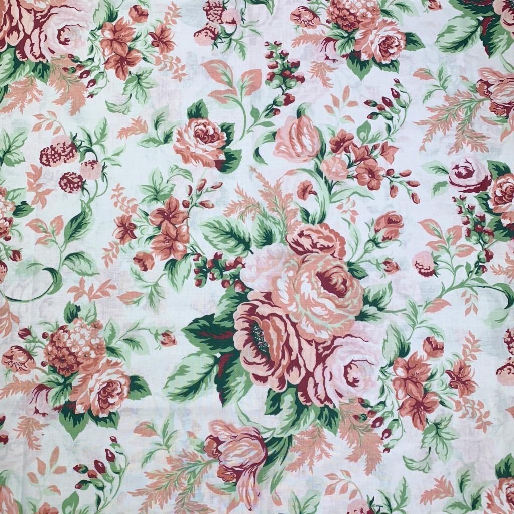 Tkanina w kwiaty róże cygańskie pudrowy róż