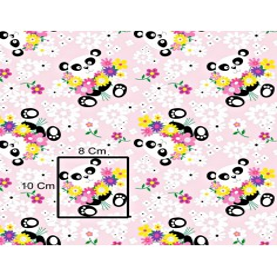Tkanina w Pandy z kwiatkami na różowym tle