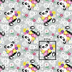 Tkanina w Pandy z kwiatkami na szary tle