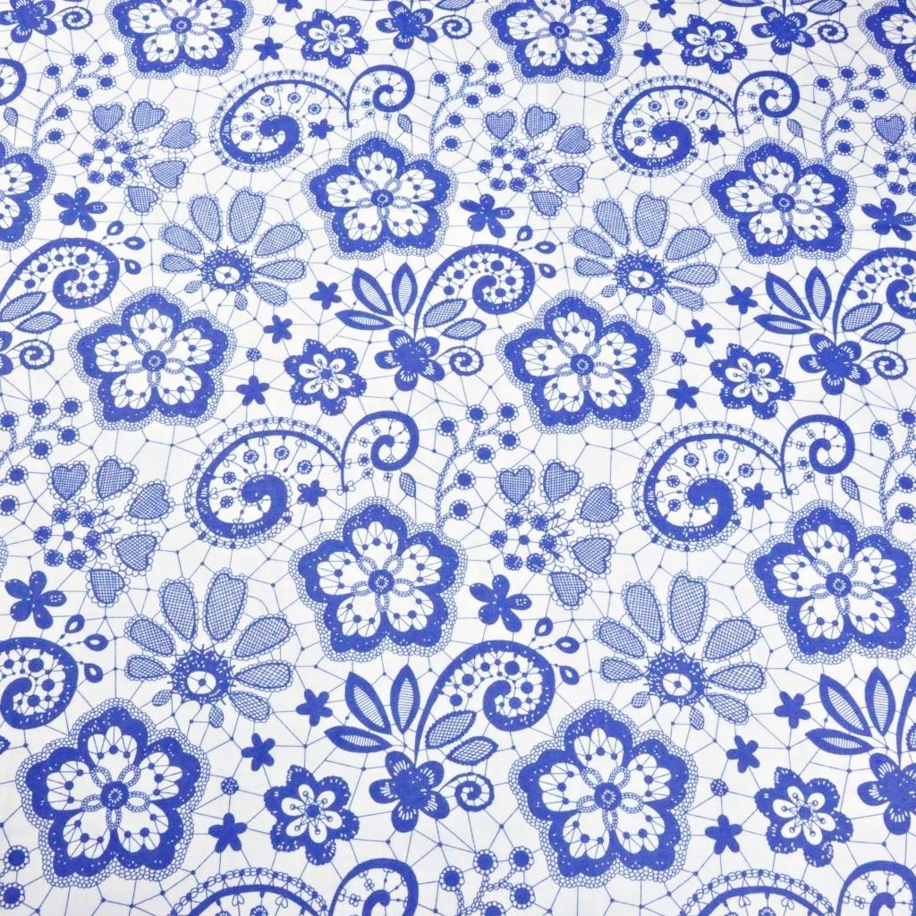 Tkanina serwetka niebieska na białym tle