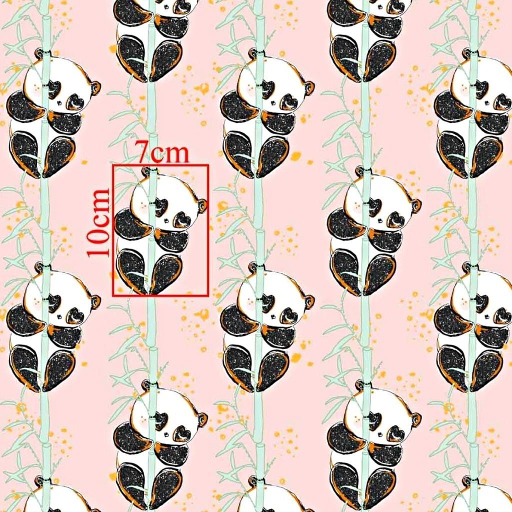 Tkanina złocona pandy z bambusem na różowym tle