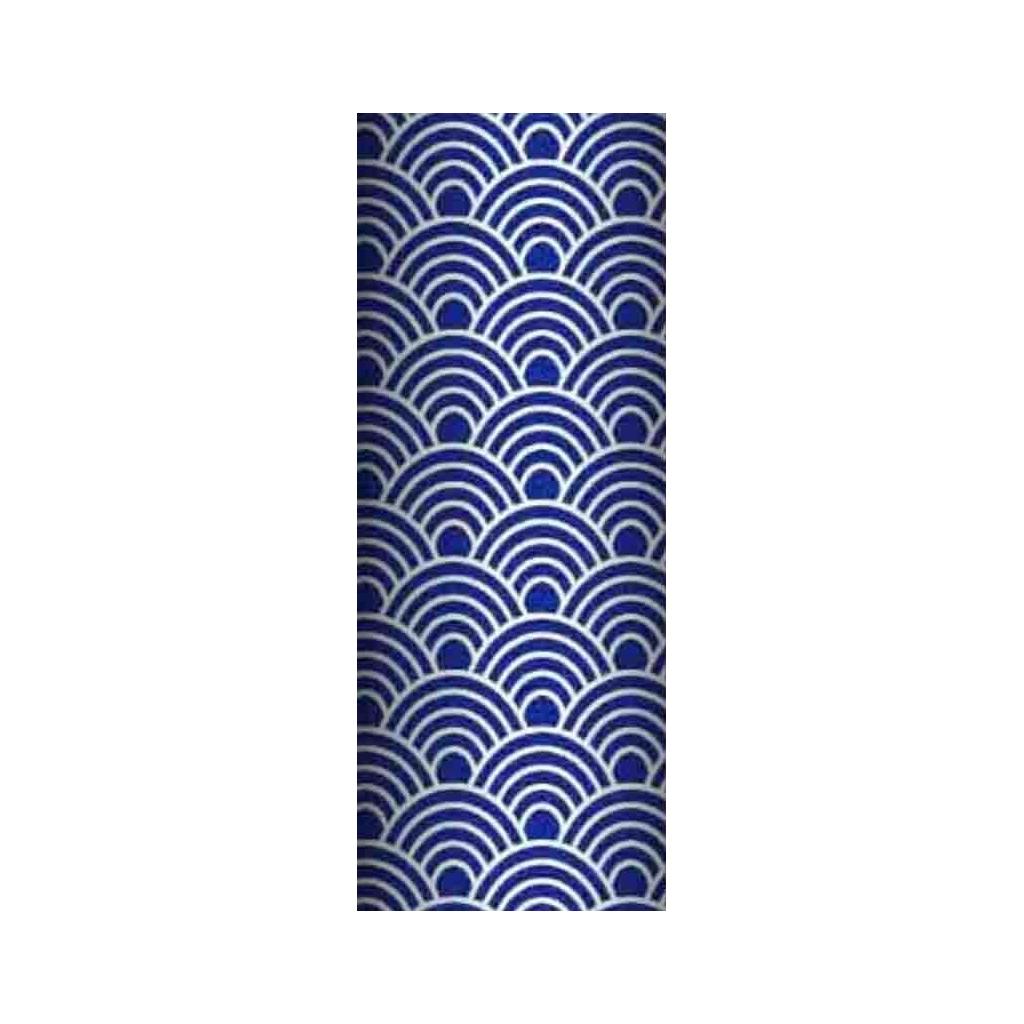 Tkanina geometryczne łuski białe na granatowym tle