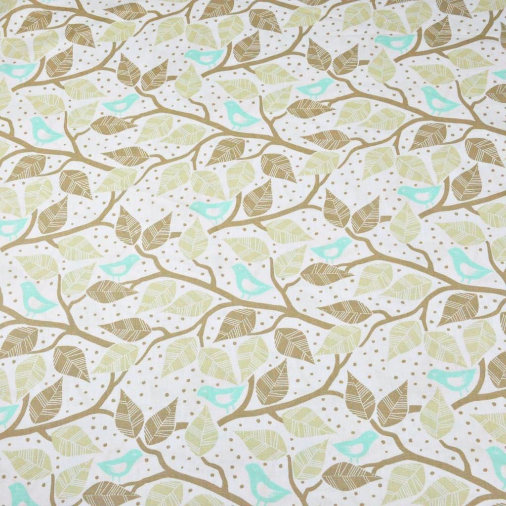 Tkanina w ptaszki turkusowe na gałęziach na białym tle