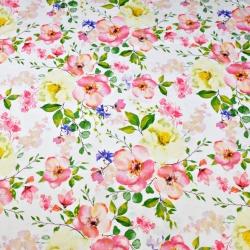 Tkanina kwiaty jabłoni na białym tle