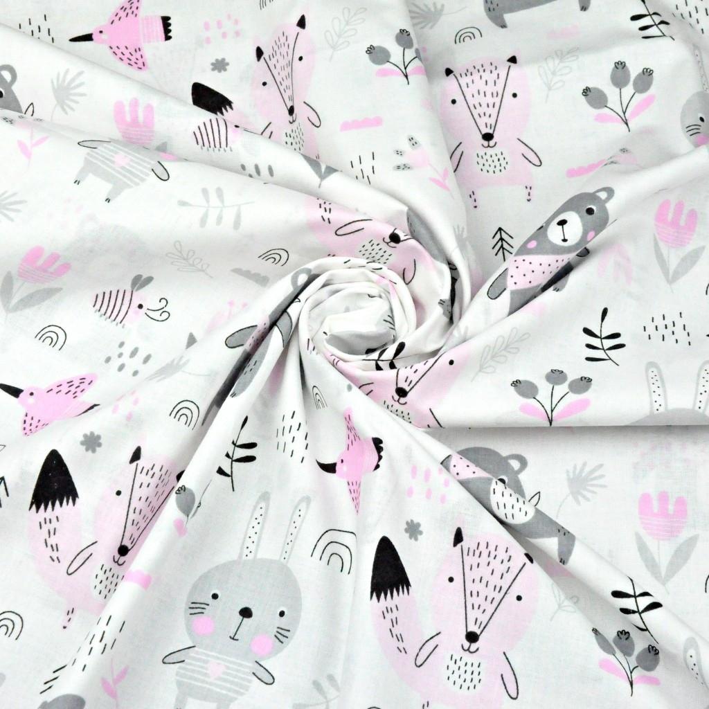 Tkanina w zwierzątka na łące różowo-szare na białym tle