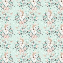 Tkanina sarenki w wianuszkach z różami na miętowym tle