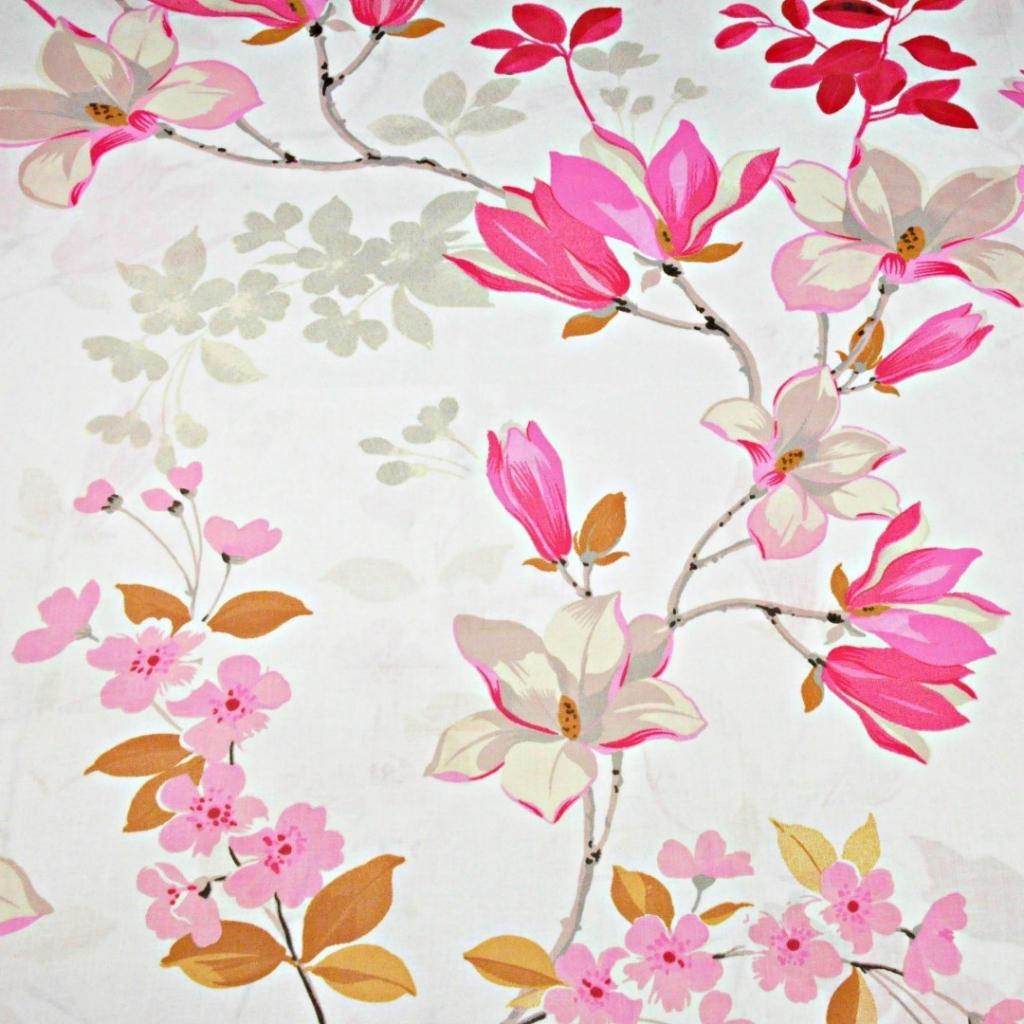 Tkanina w kwiaty magnolia różowa na białym tle - 220cm