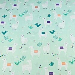 Tkanina w alpaki na miętowym tle