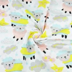 Tkanina w owieczki z chmurkami i gwiazdkami na białym tle