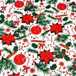 Tkanina wzór świąteczny ostrokrzew z bombkami czerwono zielony na białym tle