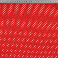 Szpilki białe na czerwonym tle
